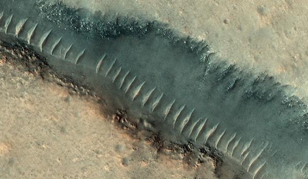 трубы на марсе