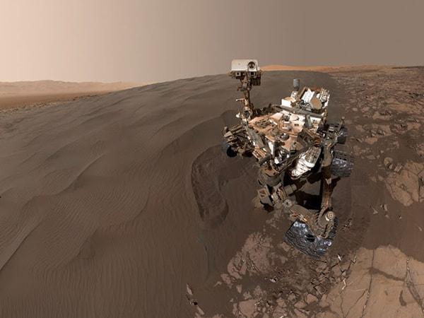 селфи кьюриосити на марсе