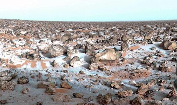 есть ли снег на марсе