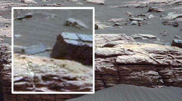 кирпичная стена на марсе